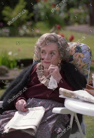 Beryl Reid as Fitz's mother