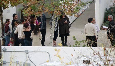 Jessica Alba, Honor Marie, Cash Warren watch as Jessica Alba's parents Catherine Alba and Mark Alba renew their wedding vows