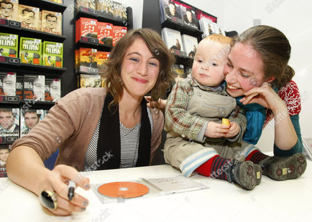 Emma Gillespie with her youngest fan Lauchlan Wheeler (18 months) and his mother Katharine
