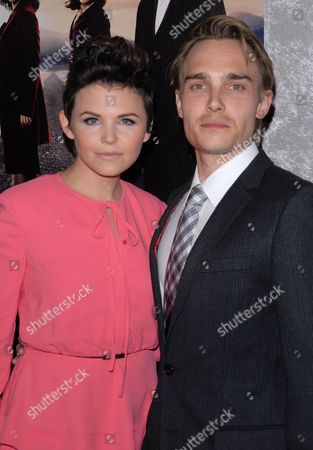 Stock Picture of Ginnifer Goodwin and Joey Kern