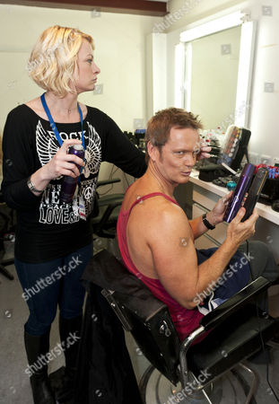 Craig McLachlan behind the scenes at Dancing on Ice