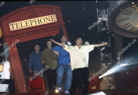 Oasis - Paul McGuigan, Paul Arthurs, Liam Gallagher and Noel Gallagher