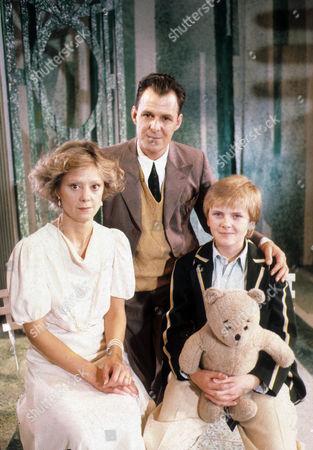 Rosalind Ayres, Ian Gelder and Aled Jones