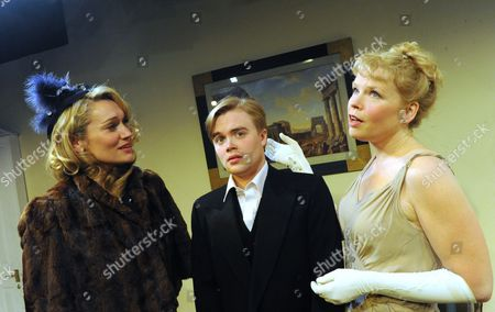 Caroline Head (Diane Fletcher), David Osmond (Michael Brown) and Sara Crowe (Olivia Brown)