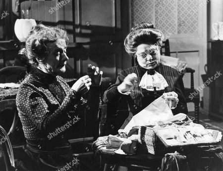 Patsy Smart as Roberts and Angela Baddeley as Mrs Bridges