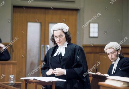 Dorothy Vernon as Helen Tate