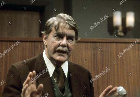 Thorley Walters as Toby Drew