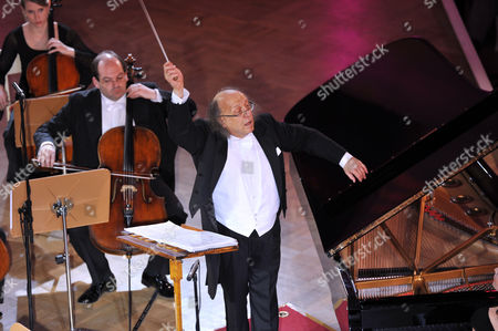 Stock Picture of Arkady Berin and the International Symphony Orchestra of Germany