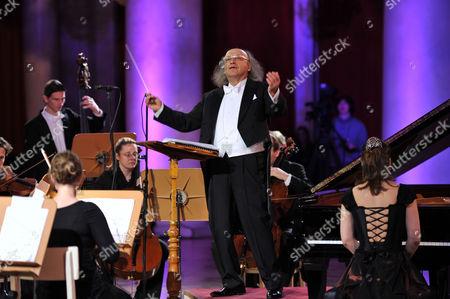 Stock Image of Arkady Berin, Polina Osetinskaya and the International Symphony Orchestra of Germany