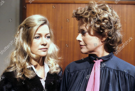 Judy Geeson as Annette Sanderson and Honor Blackman as Jean Frazer Allardyce
