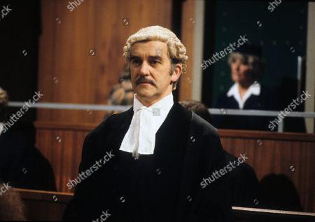 Bernard Gallagher as Jonathan Fry