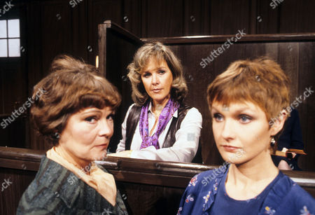 Zena Walker as Fiona Pringle, Wanda Ventham as Veronica Ives and Elaine Donnelly as Caroline Paradise