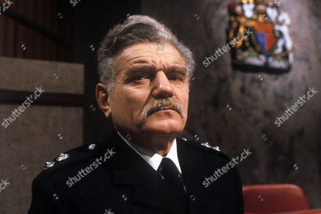 Richard Beale as Station Officer Blackstone