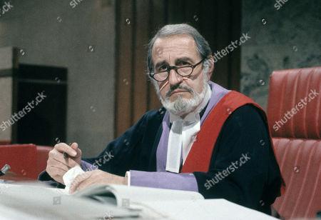 Douglas Wilmer as Judge Copeland