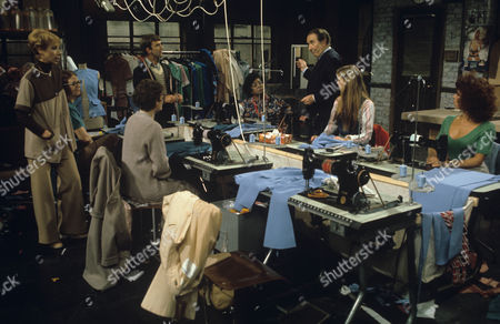 Scene of the Workshop with Miriam Karlin, Peter Jones, Gillian Taylforth, Diane Langton and Christopher Beeny