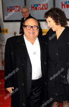 Stock Photo of Danny DeVito and wife Rhea Pearlman