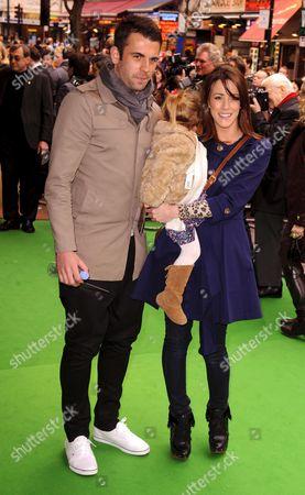 Nicola T with fiance Simon Walton and daughter Poppy