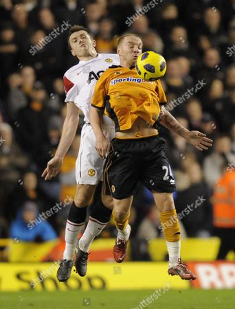 Michael Carrick of Man United and Jamie O'Hara of Wolves
