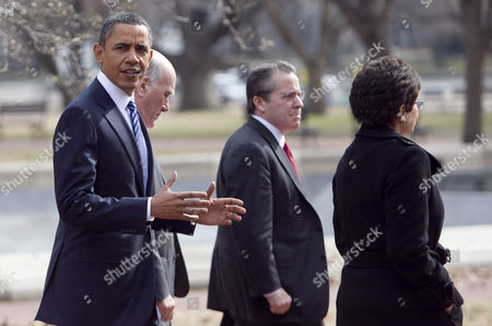 United States President Barack Obama, walks across Lafayette Park with William Daley, White House chief of staff, second from left, Gene B Sperling, director of the National Economic Council, right, and Valerie Jarrett, his senior adviser, on the way to the U.S. Chamber of Commerce