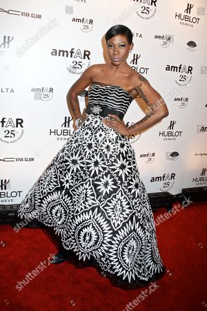 Editorial photo of amfAR New York Gala to kick off Fall 2011 Fashion Week, New York, America - 09 Feb 2011