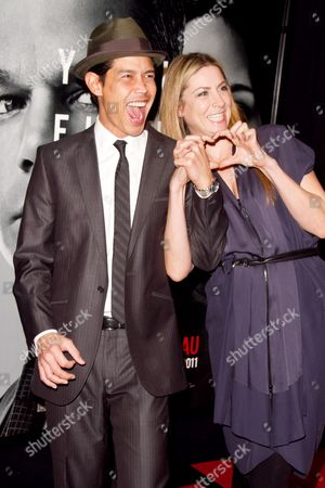 Anthony Ruivivar and wife