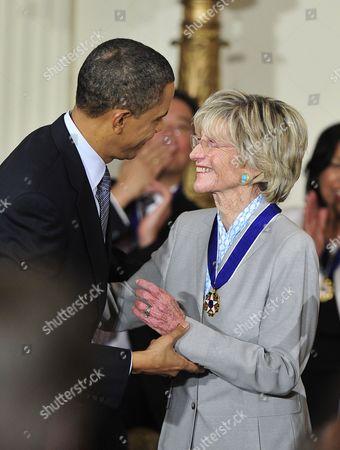 U.S. Ambassador to Ireland Jean Kennedy Smith and United States President Barack Obama