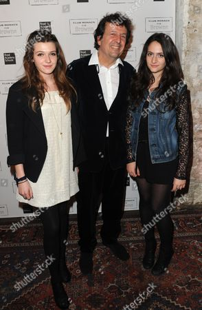 Simon Burstein with daughters