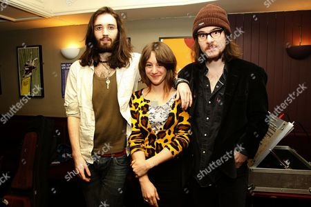 Emma Gillespie with 'The Cassidy Brothers'