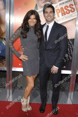 Stock Picture of Tyler Hoechlin & Rachele Brooke Smith