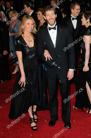 Stock Picture of Aron Ralston and wife Jessica