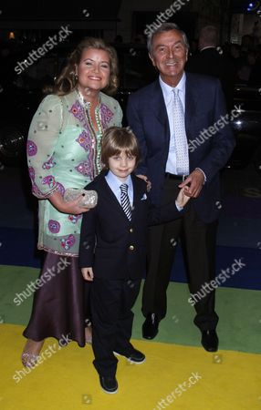 Des O'Connor with wife Jodie Brooke Wilson and son Adam