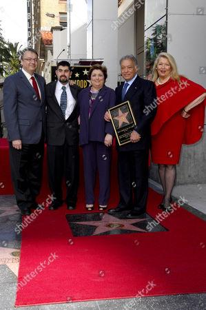 Zubin Mehta, Nancy Kovack, family