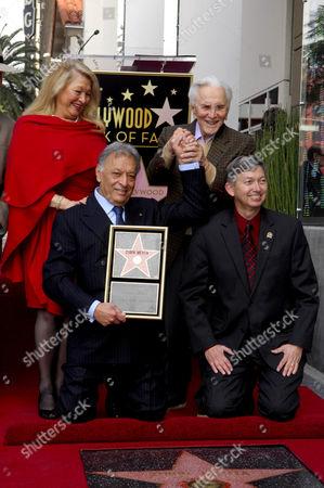 Stock Image of Zubin Mehta, wife Nancy Kovack, Kirk Douglas, Leron Gubler