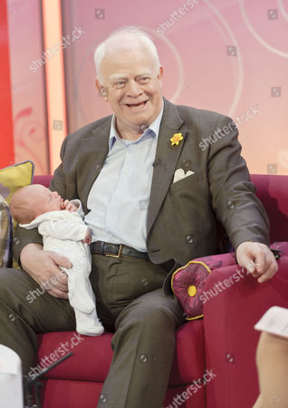 Ian McMean with baby daughter Kate Eleanor