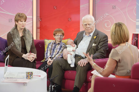 Claire, Kit McMean and Ian McMean and new born baby daughter Kate Eleanor with Kate Garraway