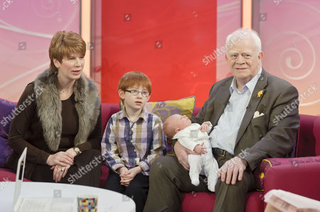 Claire, Kit McMean and Ian McMean with new born baby daughter Kate Eleanor