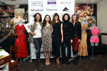 Carol Alt with models