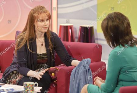 Magsie Hamilton Little and presenter Lorraine Kelly