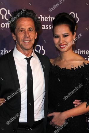 Editorial image of Alzheimer's Association 19th Annual A Night at Sardi's Fundraiser and Awards Dinner, Los Angeles, America - 16 Mar 2011
