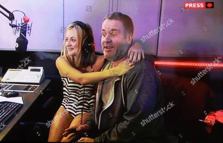 Fearne Cotton in a swimsuit with Chris Moyles
