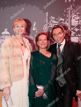 Otto Kern with wife Naomi and Marie von Waldburg