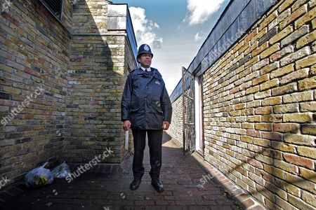 Stock Picture of News Feature On Poverty ..... Myatts Field Estate Clapham Known For Its High Gang Violence And Robbery And Where Sgt Jeff Palmer And Pc Allan Douglas-smith Patrol The Streets ....