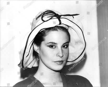 Sou'wester Hat Made For Actress Vivien Leigh In 1952 By Simone Mirman. For Christies Auction. Box_1_d-20110120172737_00002a.jpg