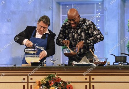 Editorial image of 'The Alan Titchmarsh Show' TV Programme, London, Britain - 29 Mar 2011
