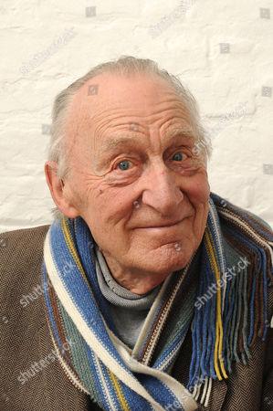 Geoffrey Bayldon