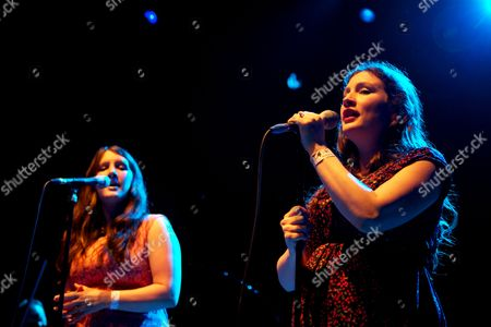 The Unthanks - Becky Unthank and Rachel Unthank