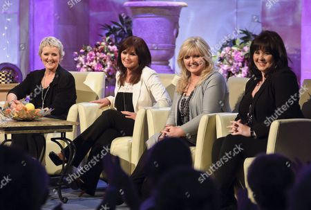 Editorial picture of 'The Alan Titchmarsh Show' TV Programme, London, Britain - 05 Apr 2011