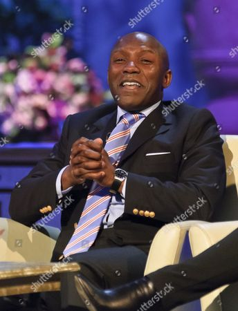 Editorial photo of 'The Alan Titchmarsh Show' TV Programme, London, Britain - 06 Apr 2011