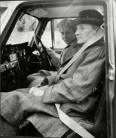Lord And Lady Attlee In Car Clement Richard Attlee 1st Earl Attlee Kg Om Ch Pc Frs (3 January 1883 ? 8 October 1967) Was A British Labour Politician Who Served As The Prime Minister Of The United Kingdom From 1945 To 1951 And As The Leader Of The Labour Party From 1935 To 1955. Violet Attlee Countess Attlee (nae Millar) (20 November 1895 ? 7 June 1964) Was The Wife Of British Prime Minister Clement Attlee.