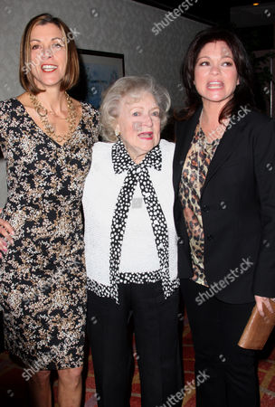 Editorial picture of Betty White honored by Actors and Others for Animals at its 40th Anniversary, Los Angeles, America - 09 Apr 2011